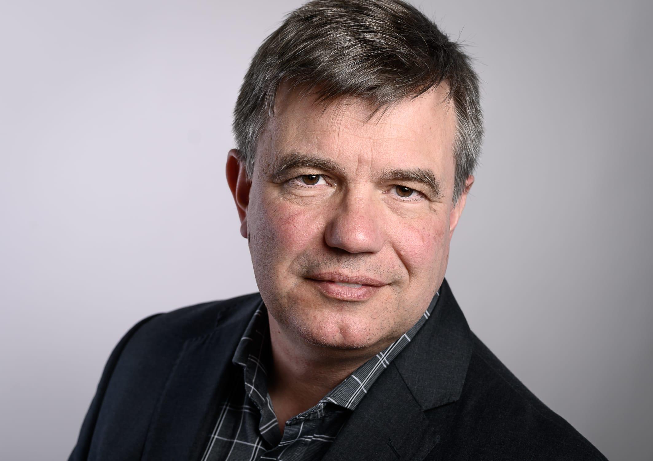 portrait Foto von Sven Müller