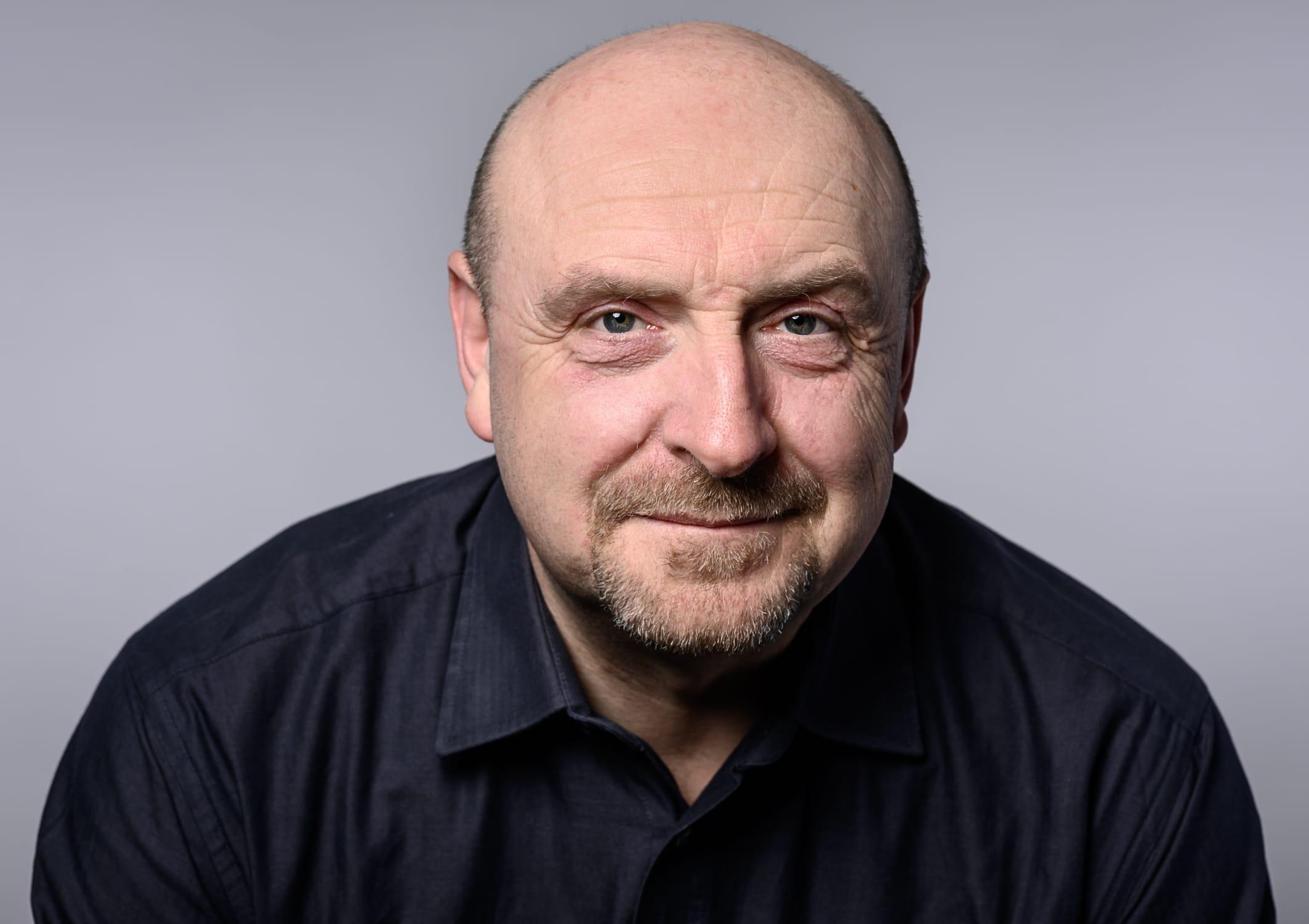 portrait Foto von Uwe Schmidt